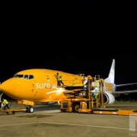 A Boeing 737 is loaded at at TNT's cargo facility at East Midlands Airport. Photography by Martin Neeves Photography - www.martinneeves.com - Tel: +44 (0)7973 638591 - E-mail: martinneeves@googlemail.com
