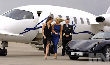 SKY-private-aeroplane-charter-executive-travel-promoting business instagram